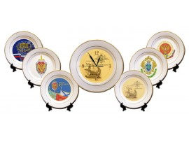 Тарелка с логотипом